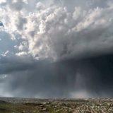 一気にドカンと降るのが最近の雨のトレンド「爆弾雨(Rain Bomb)」がひどすぎる