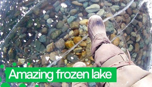 世界一透明な淡水湖「バイカル湖」が凍ったので歩いてみた