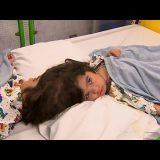 【究極の選択】頭部結合双生児の癒着した頭の切断手術を行う