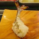 【動画】寿司になっても生きているエビの驚異の生命力